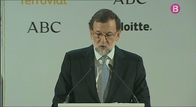 Rajoy+anuncia+una+devallada+d%27un+11%25+en+les+taxes+aeroportu%C3%A0ries