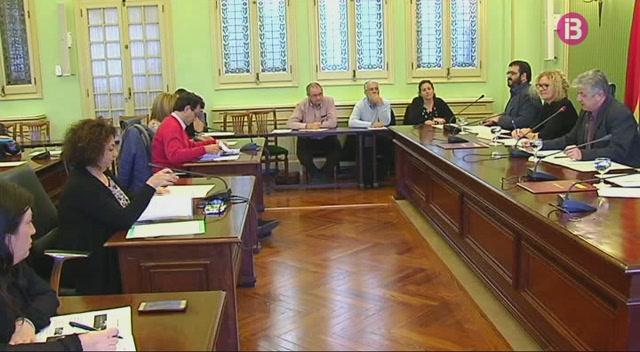 Vidal+demana+fer+pinya+contra+la+xylella+i+anuncia+m%C3%A9s+mitjans+per+frenar-la