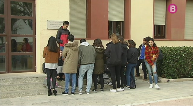 M%C3%A9s+per+Menorca+proposa+baixar+l%27edat+m%C3%ADnima+per+votar+a+16+anys