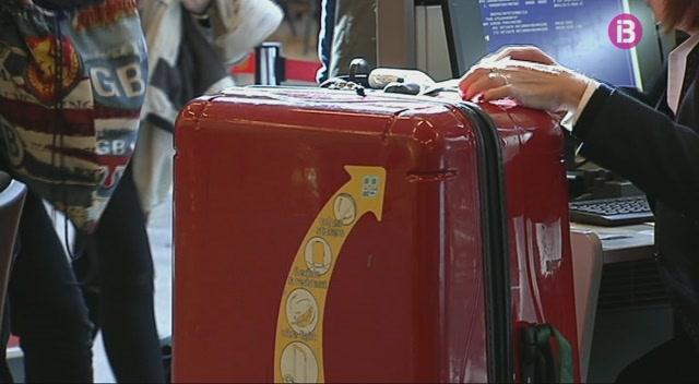 Creix+el+passatge+nacional+al+gener+als+aeroports+de+Menorca+i+Mallorca