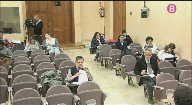 El+Govern+demana+cr%C3%A8dits