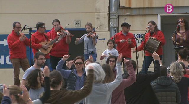 Menorca+tamb%C3%A9+celebra+el+Dia+de+les+Illes+Balears