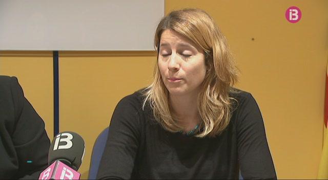 El+Centre+Assessor+de+Menorca+at%C3%A9n+cada+vegades+m%C3%A9s+dones+i+m%C3%A9s+joves