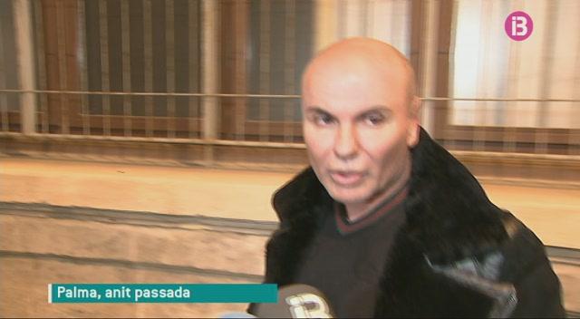 Jaume+Llad%C3%B3+nega+festes+amb+prostitutes+i+drogues+per+policies+locals