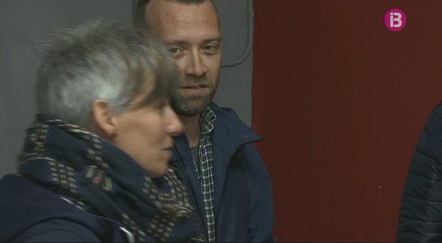 La+gestora+del+PSOE+de+Menorca+desmenteix+el+batle+de+Migjorn%2C+Pere+Moll