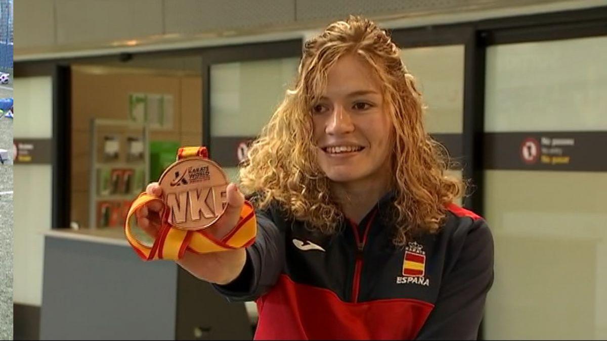 Roben+la+medalla+de+bronze+mundial+a+Cristina+Ferrer