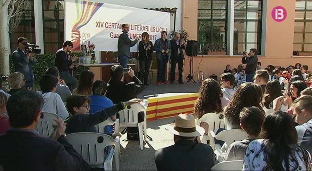 Maria+del+Mar+Bonet%2C+premiada+per+l%27escola+Es+Liceu