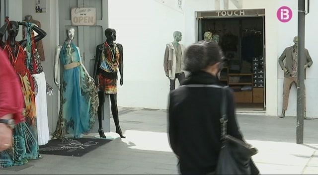 Els+negocis+de+la+Marina+i+el+port+d%26apos%3BEivissa+es+convertiran+en+un+centre+comercial+obert
