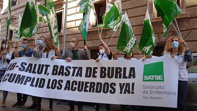 El+SATSE+i+altres+sindicats+sanitaris+reclamen+l%27increment+del+preu+de+les+hores+de+gu%C3%A0rdia