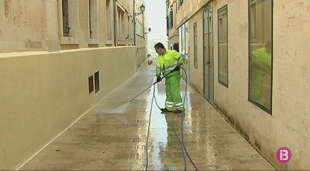 Amena%C3%A7a+de+vaga+al+servei+de+recollida+de+fems+de+Menorca