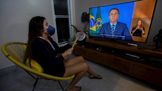 Bolsonaro+creu+que+si+agafa+el+coronavirus+ser%C3%A0+un+simple+%22costipadet%22