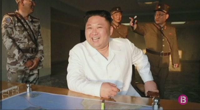 Corea+del+Nord+llan%C3%A7a+un+nou+m%C3%ADssil+bal%C3%ADstic+al+mar+del+Jap%C3%B3