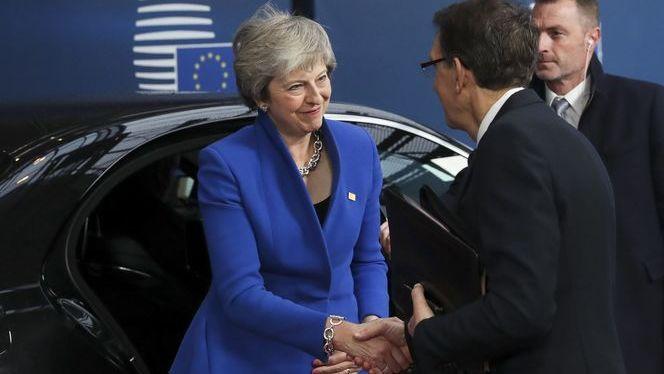 Juncker%3A+%E2%80%9CAvui+%C3%A9s+un+dia+trist%E2%80%9D%3B+els+27+aproven+l%26apos%3Bacord+de+la+sortida+del+Regne+Unit