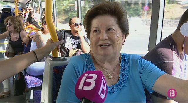El+trajecte+de+bus+entre+Vila+i+Santa+Eul%C3%A0ria+pot+durar+fins+a+una+hora+degut+als+embussos+de+l%27estiu