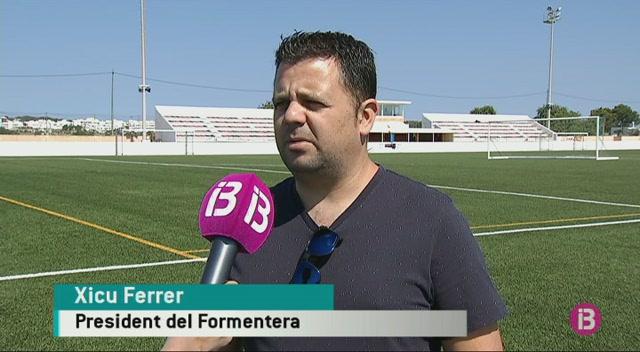 Alvaro+Mu%C3%B1iz%2C+primer+fitxatge+del+Formentera