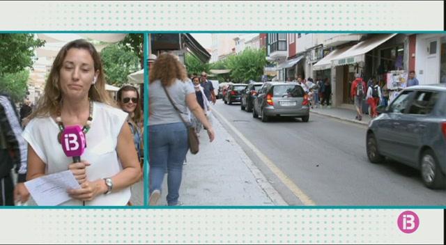 L%27aflu%C3%A8ncia+de+turistes+a+Ma%C3%B3+i+Ciutadella+per+la+pluja+provoca+retencions