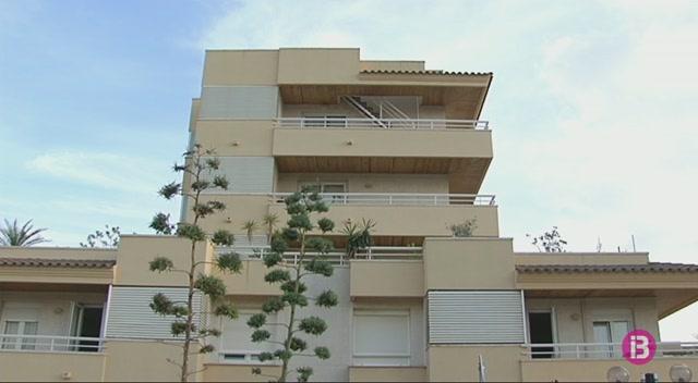 El+Consell+estima+que+els+bancs+tenen+200+habitatges+buits+a+Eivissa