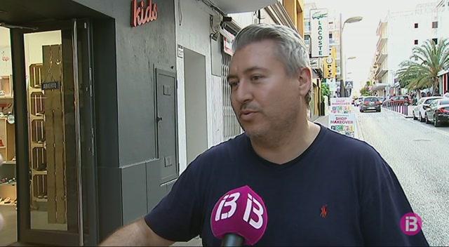 Sant+Antoni+prohibeix+la+venda+de+tiquets+i+l%27exposici%C3%B3+de+vehicles+al+carrer