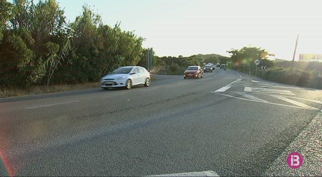 La+carretera+general+de+Menorca+registra+dos+accidents+en+nom%C3%A9s+mitja+hora