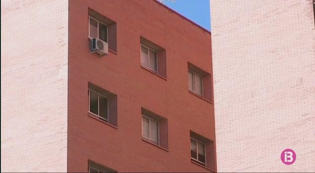 Detinguda+a+Madrid+una+auxiliar+d%27infermeria+acusada+de+matar+una+pacient