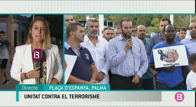 La+comunitat+musulmana+de+Mallorca+surt+al+carrer+per+condemnar+el+terrorisme
