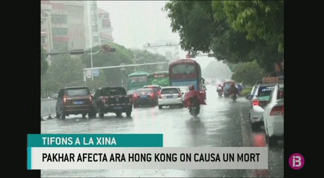 Mor+una+persona+a+Hong+Kong+pel+tif%C3%B3+Pakhar