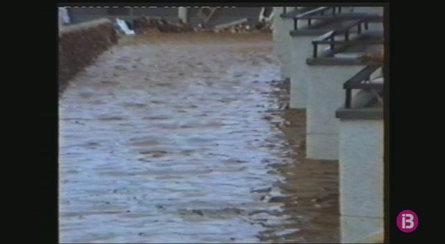 Tres+persones+moriren+a+les+inundacions+de+1989+a+Portocolom