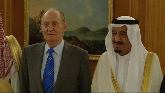 Joan+Carles+de+Borb%C3%B3+%C3%A9s+als+Emirats+%C3%80rabs