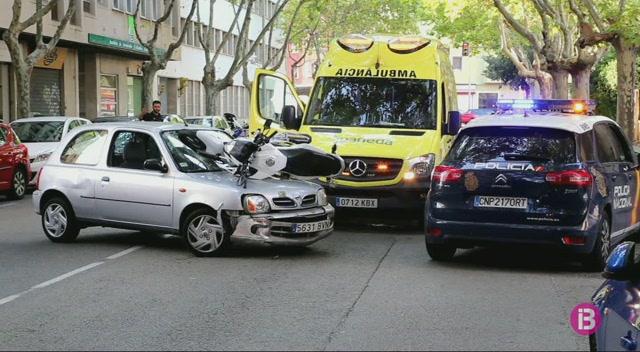 Aparat%C3%B3s+accident+entre+un+cotxe+i+una+moto+a+Palma