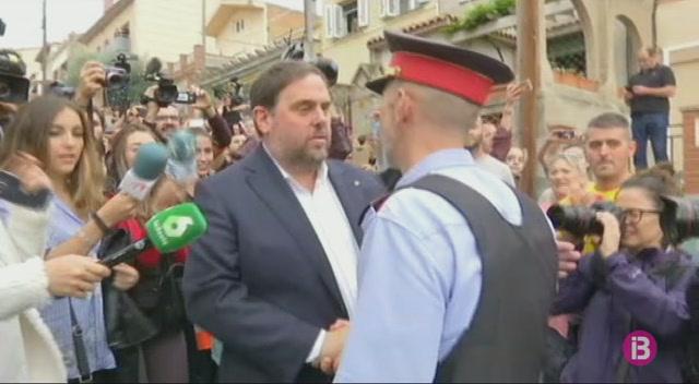 Forcadell%2C+Puigdemont+i+Junqueras+voten+el+refer%C3%A8ndum