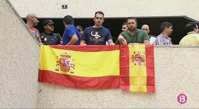 Un+centenar+de+policies+denuncien+a+Palma+l%27assetjament+que+pateixen+els+companys+a+Catalunya