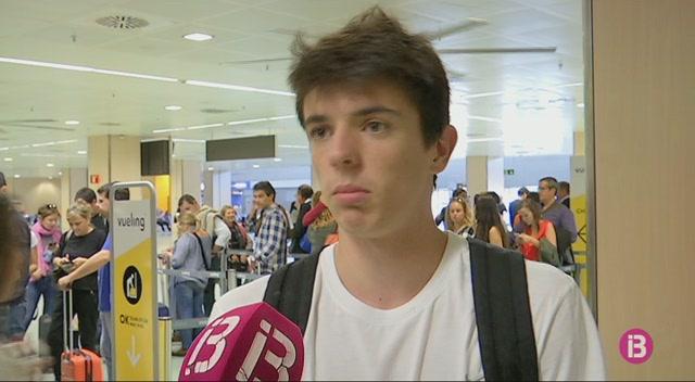 Vueling+cancel%C2%B7la+un+vol+entre+Eivissa+i+Barcelona