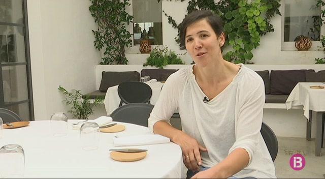 Noelia+S%C3%A1nchez%2C+entre+el+voleibol+i+la+gastronomia