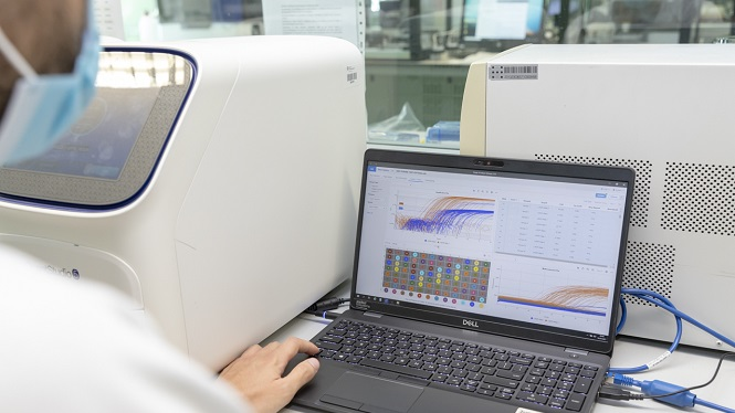 Microbiologia+de+Son+Espases%3A+difer%C3%A8ncia+entre+la+nova+PCR+i+la+seq%C3%BCenciaci%C3%B3+gen%C3%B2mica+del+coronavirus