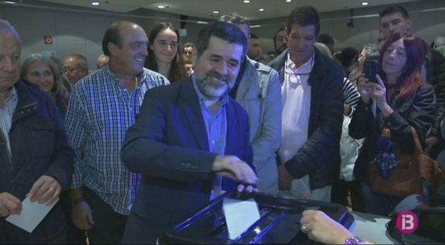 17+candidatures+es+presenten+a+les+eleccions+catalanes
