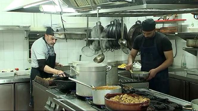 Ple+a+molts+restaurants+per+dinar+el+primer+dia+de+l%27any