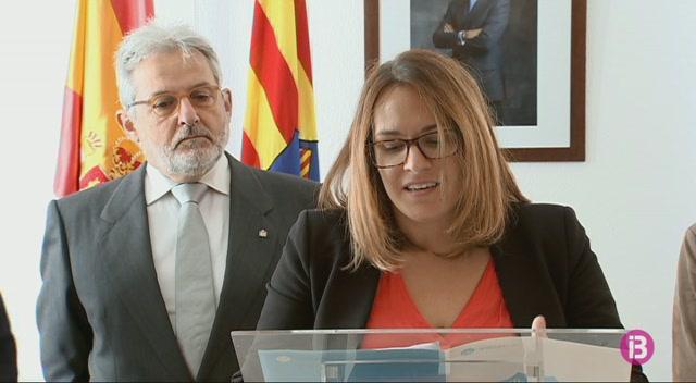 La+presidenta+del+Consell+de+Menorca%2C+Susana+Mora%2C+demana+revisar+la+Constituci%C3%B3