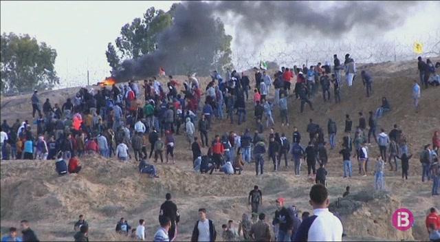Augmenten+a+quatre+els+morts+i+a+m%C3%A9s+de+200+els+ferits+a+la+franja+de+Gaza+durant+els+bombardejos+i+els+enfrontaments+amb+l%27ex%C3%A8rcit+israeli%C3%A0
