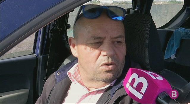 La+Policia+investiga+el+robatori+a+un+establiment+de+la+platja+de+Talamanca