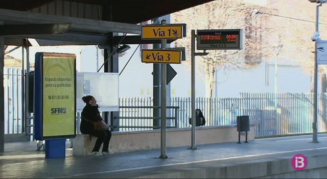 Una+incid%C3%A8ncia+provoca+retards+durant+tres+hores+al+tren+de+Mallorca