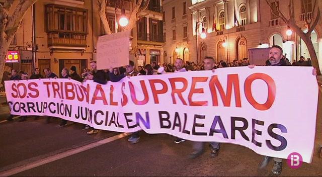 Nova+protesta+a+Palma+contra+la+presumpta+corrupci%C3%B3+judicial+a+Balears
