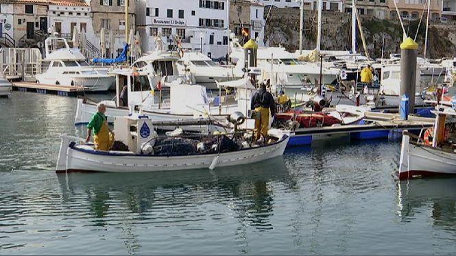 Els+pescadors+de+Menorca+esperen+els+resultats+de+les+vendes+per+decidir+si+continuen+pescant