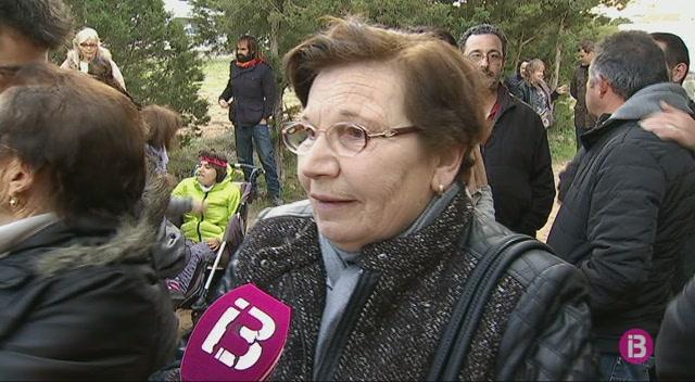 Formentera+homenatja+les+5+v%C3%ADctimes+del+franquisme