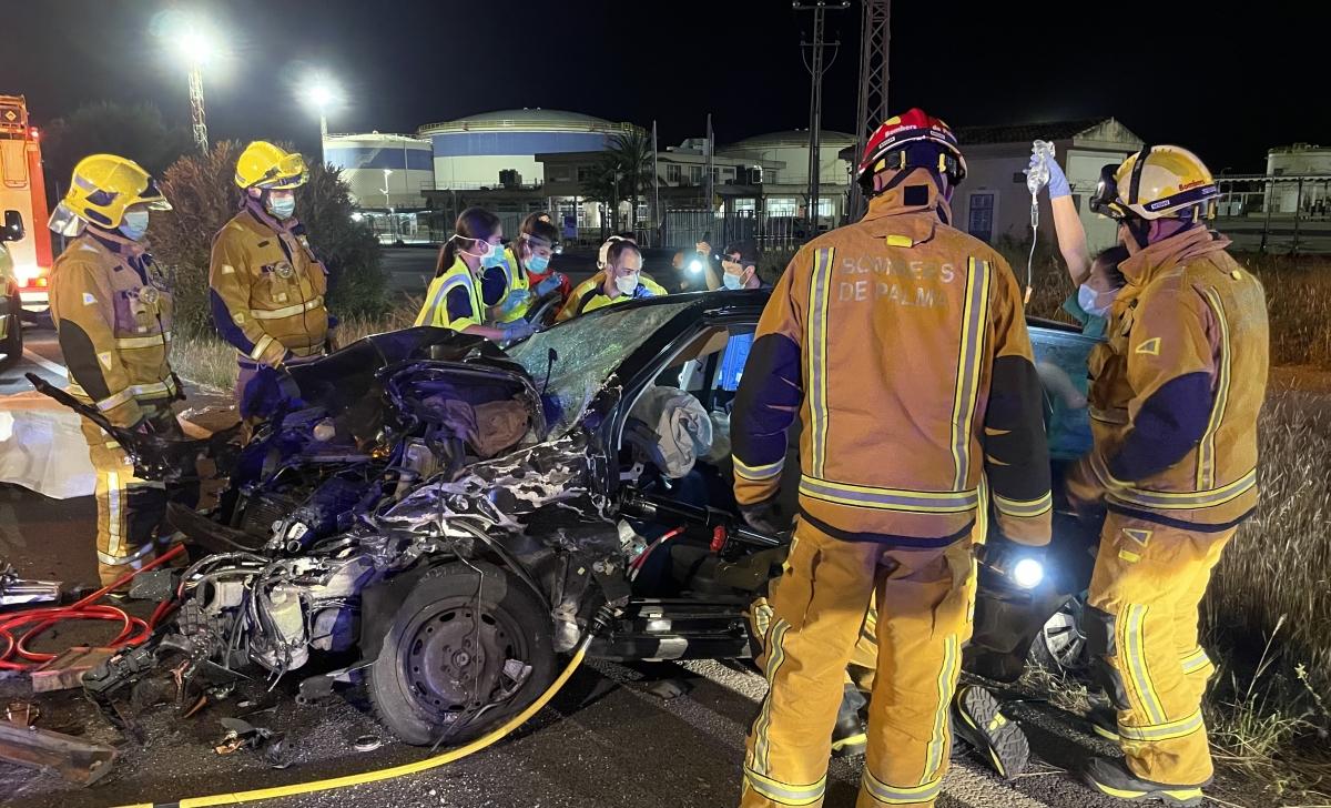 Dos+motoristes+moren+en+un+greu+accident+a+la+Ma-30+cap+a+Son+Ferriol
