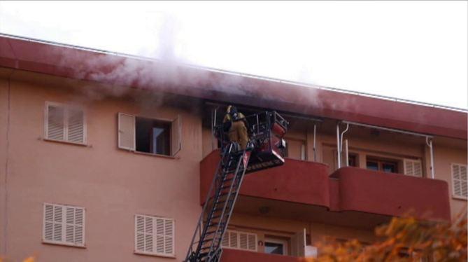 Un+home+de+78+anys+ferit+molt+greu+en+un+incendi+al+seu+habitatge+a+Palma
