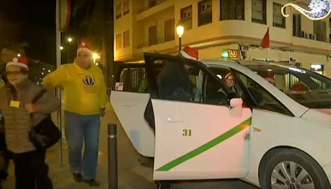 Els+taxis+d%27Eivissa+tornen+a+passejar+la+gent+gran+per+Nadal