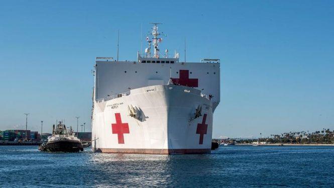 Els+vaixells+hospital+per+combatre+el+coronavirus+arriben+a+Los+Angeles+i+Nova+York