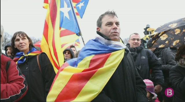 Manifestaci%C3%B3+a+Berl%C3%ADn+per+reclamar+la+llibertat+de+Carles+Puigdemont