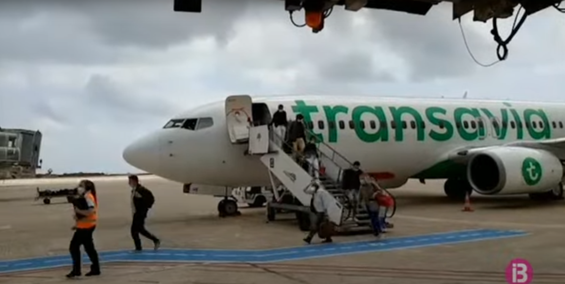 Els+passatgers+dels+primer+vol+internacional+se+senten+segurs+amb+les+mesures+sanit%C3%A0ries