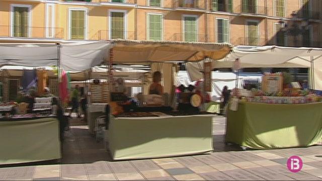 S%27obre+el+termini+per+demanar+lloc+als+mercats+artesans+de+Palma
